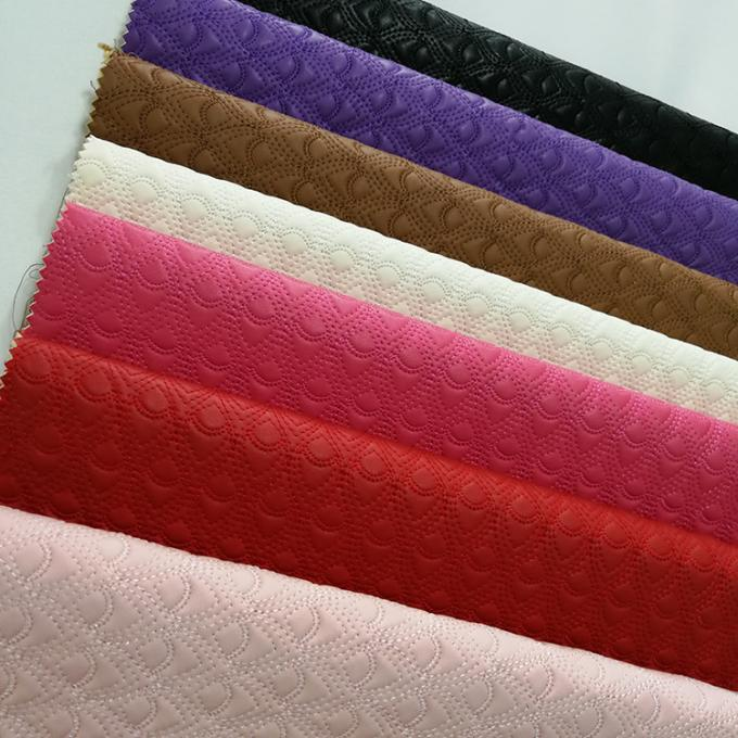 Bulk Fake Quilted Leather Fabric Vinyl Material High Strength Wear Resistant